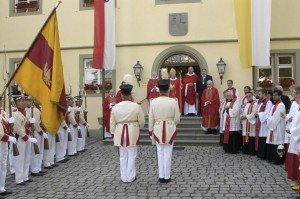 Religious parade with Notker Wolff