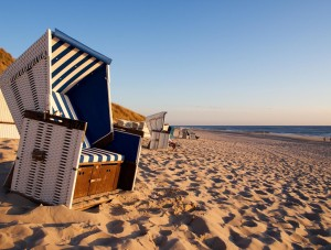 Wicker beach chairs in Wenningstedt