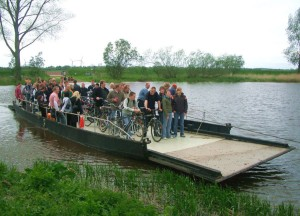 Pram ferry in Gräpel