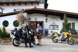 South route: Sitter motorcycle dealer, the Gut Riedelsbach country hotel, Neureichenau