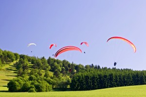 Paragliding off Mount Ettelsberg in Willingen