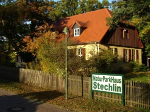 At the NaturParkHaus Stechlin visitor centre you can find all the information you need for a feel-good holiday in Stechlin-Ruppiner Land Nature Park.
