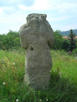 On the Trail of Strong Women, stone cross with Niederwillingen in the background