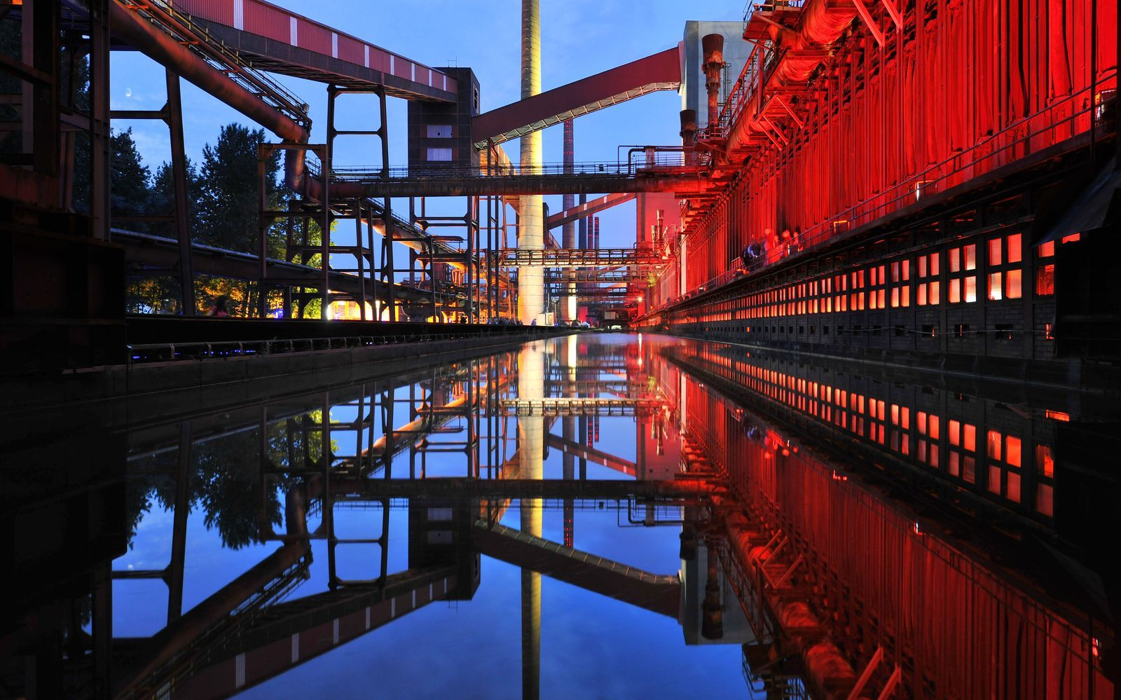 The Route of Industrial Heritage - Essen: Zollverein Coal Mine Industrial Complex