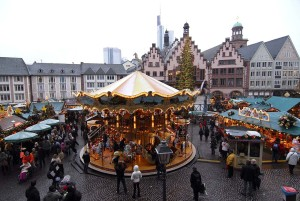 Frankfurt/Main: Christmas market on Römerberg square