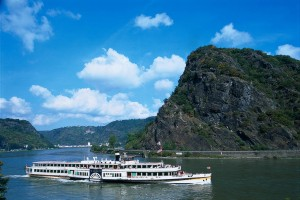 'Goethe' paddle steamer at the Loreley rock, Upper Middle Rhine Valley