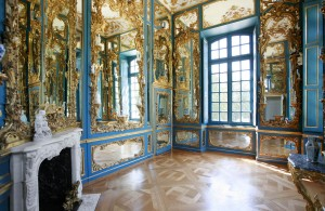 Falkenlust hunting lodge, mirrored chamber