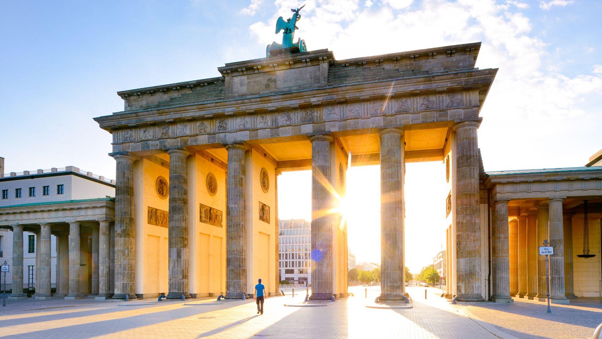 Berlin: Brandenburger Tor à la lumière du matin