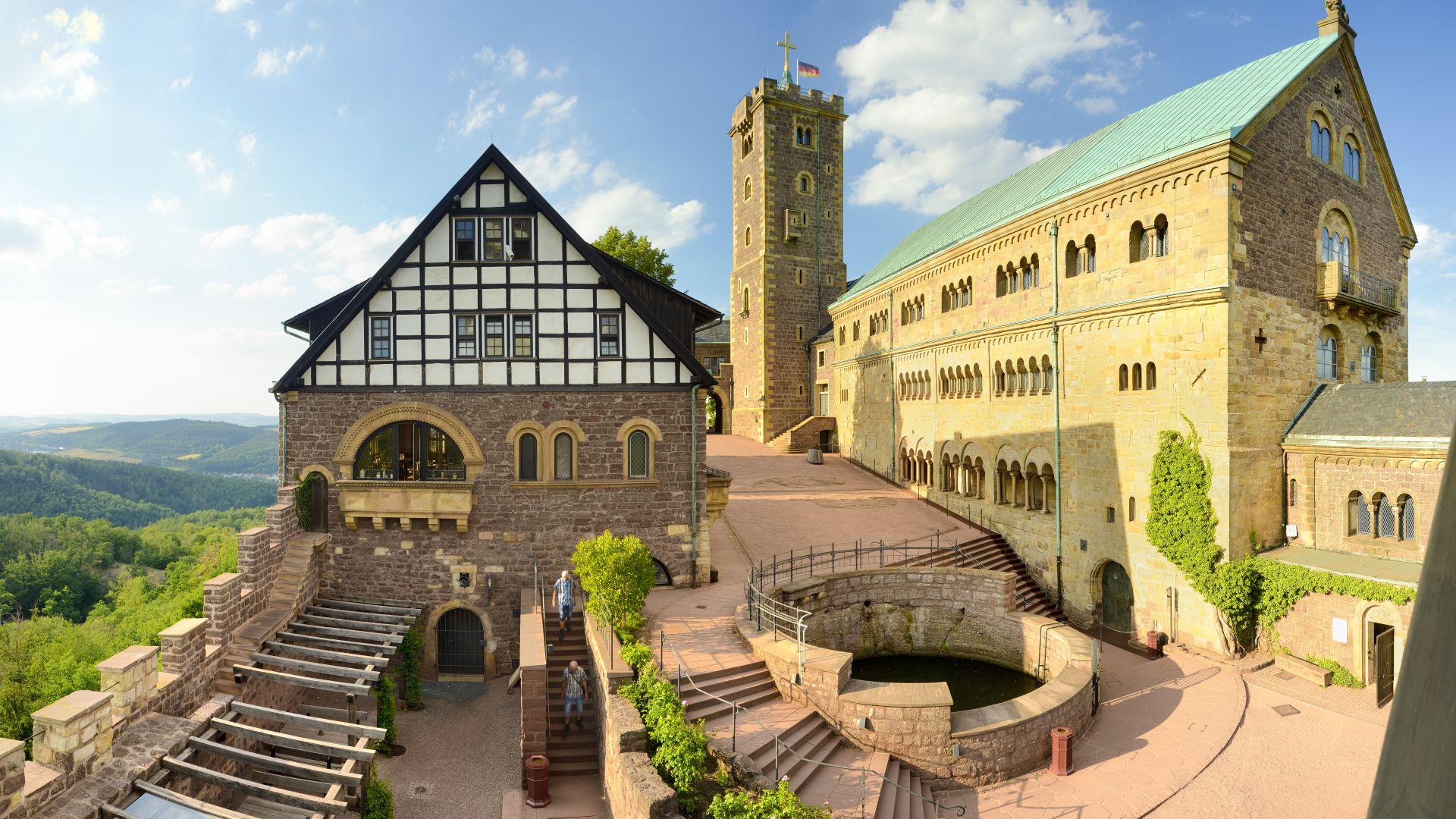 Eisenach: View of the inner courtyard of the Wartburg