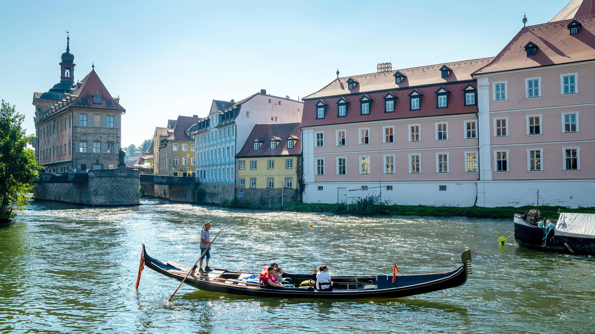 Bamberg: Gondola ride through Bamberg on the Regnitz