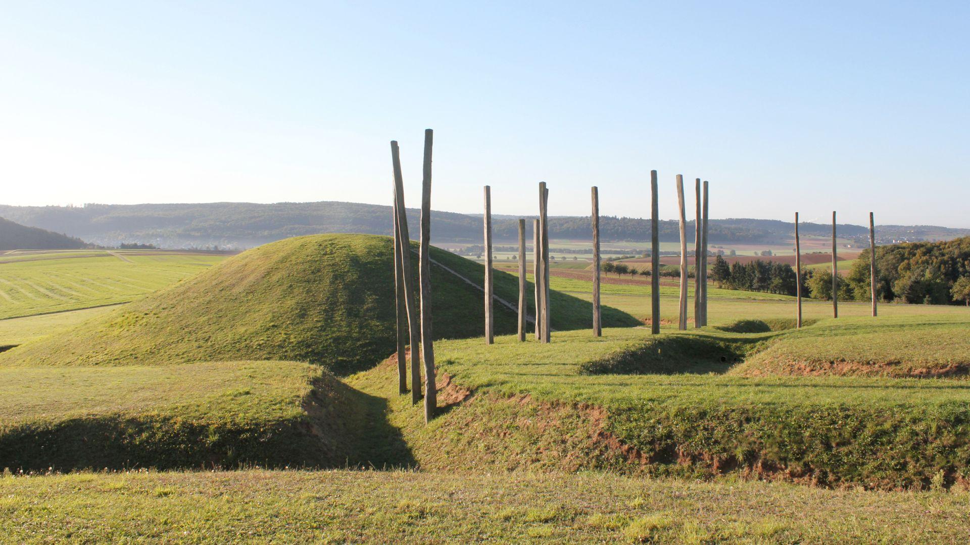 Glauburg: Grave mound in the Archaeological Park Keltenwelt am Glauberg